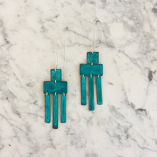 Load image into Gallery viewer, Oxidized Wind Chime Earrings