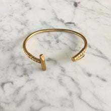 Load image into Gallery viewer, Bronze Polo Mallet Bracelet