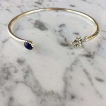 Load image into Gallery viewer, Indigo Bee Bracelet