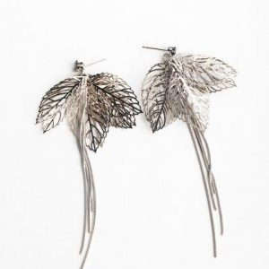 Glamorous Carved Leaf Platinum Drop Earrings