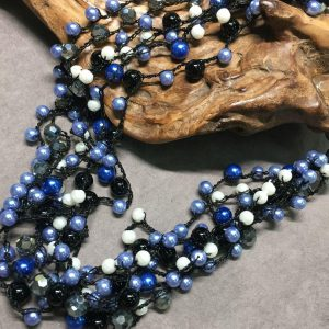 Striking Stunning Blue, Black and White Pearl Collar Necklace