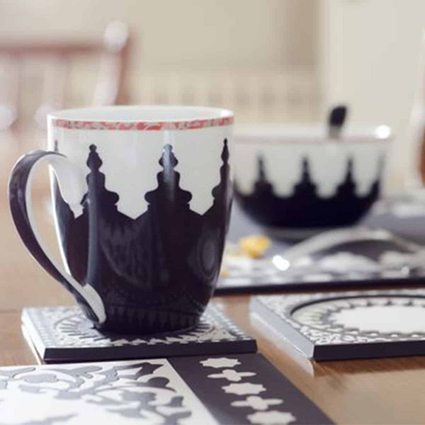 Tin with 2 Porcelain Mugs Mosaic