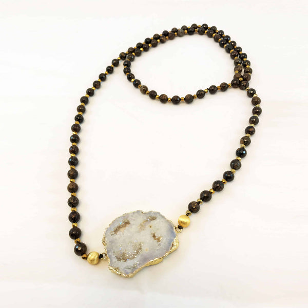White Gold-Plated Agate Necklace