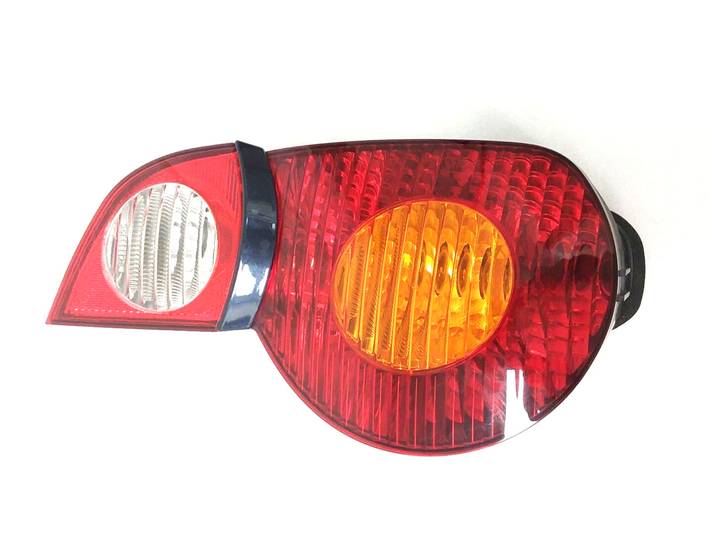 BMW Z4 RIGHT TAILLIGHT QUARTER PANEL MOUNTED AMBER TURN SIGNAL LENS 2003 2005