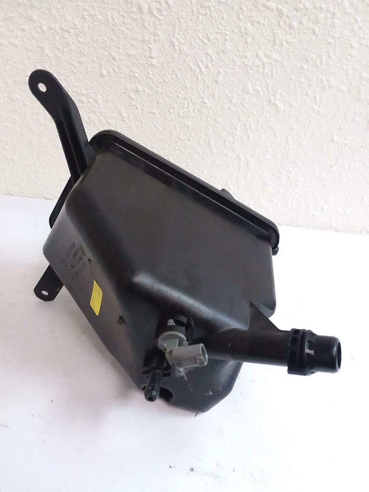 2004-2010 BMW E60 E63 OVERFLOW RADIATOR COOLANT RESERVOIR TANK BOTTLE OEM - Click Receive Auto Parts