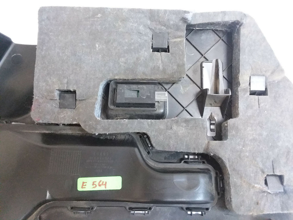 2007-2015 AUDI Q7 RIGHT LOWER UNDER DASH COVER PANEL 4L1815174 OEM