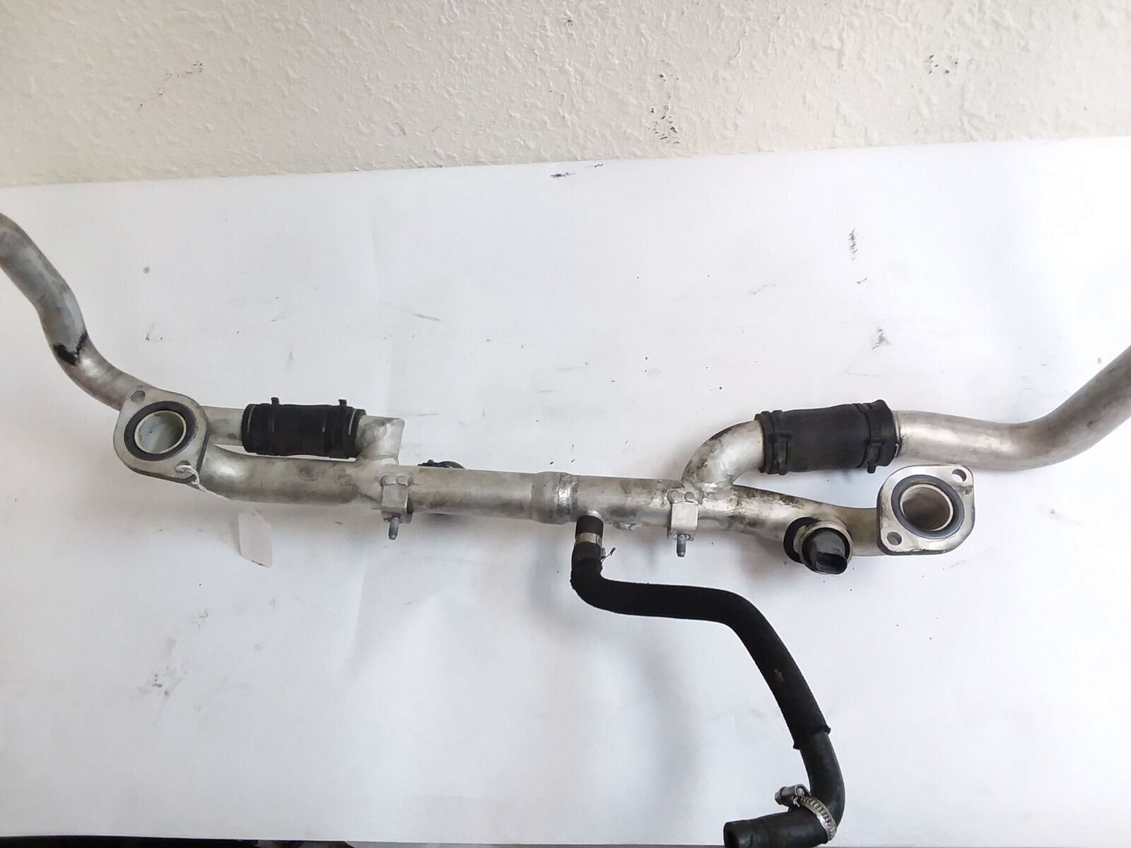 2007-2010 AUDI 4.2L - CYLINDER HEAD COOLANT PIPE / TUBE 079121071