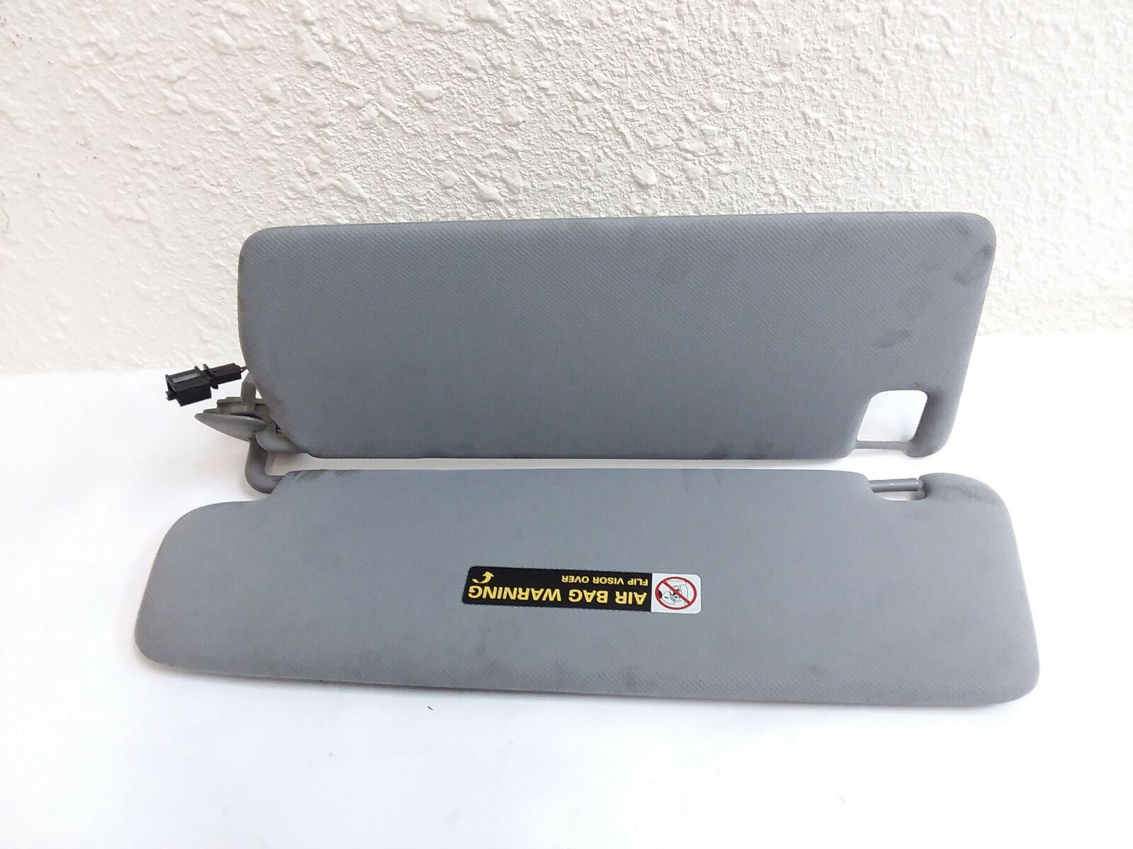 2004-2006 Porsche Cayenne s right passenger Sun Visor Light GRAY OEM - Click Receive Auto Parts