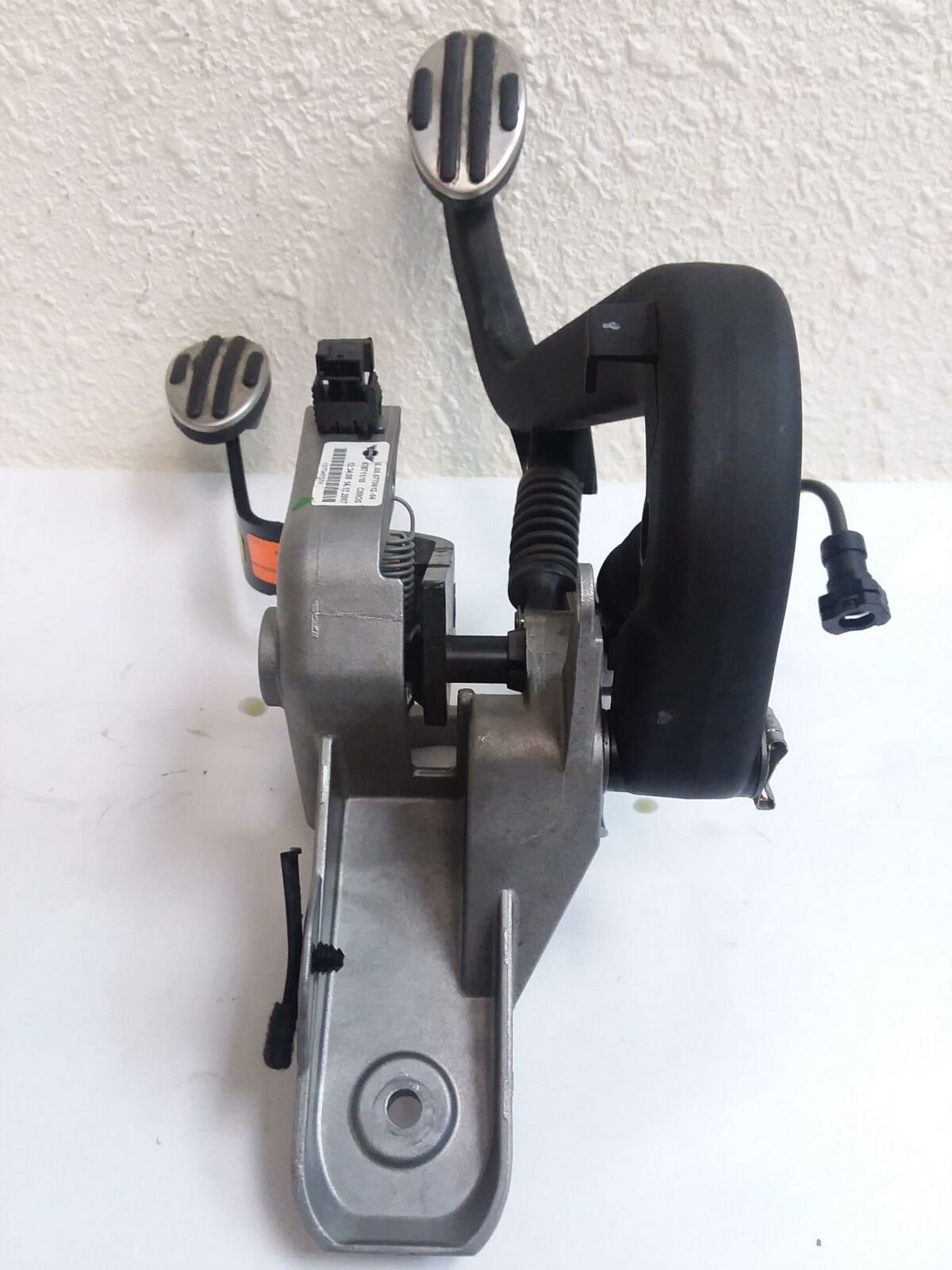2007 BMW MINI COOPER S R56 CLUTCH & BRAKE STOP PEDAL ASSEMBLY FACTORY OEM