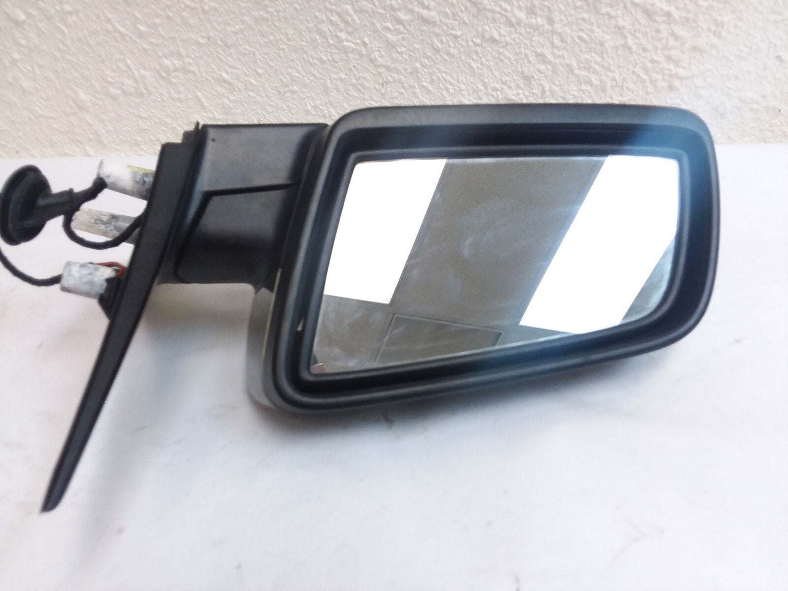 BMW 3 SERIES 330i SEDAN LEFT DRIVER DOOR MIRROR 2006 2007 2008 OEM