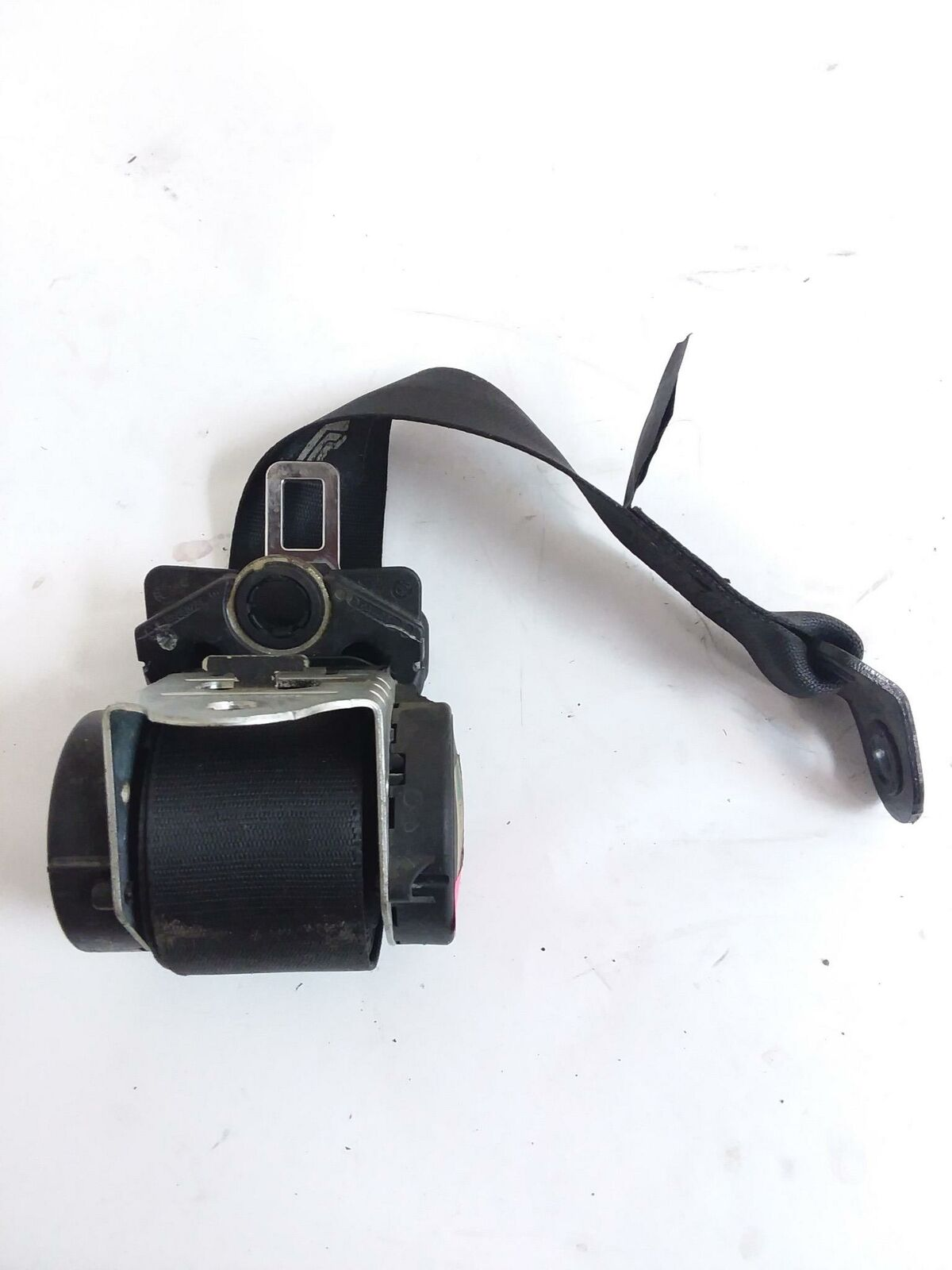 BMW MINI COOPER S R53 R50 REAR SEAT BELT LEFT OR RIGHT SEATBEL