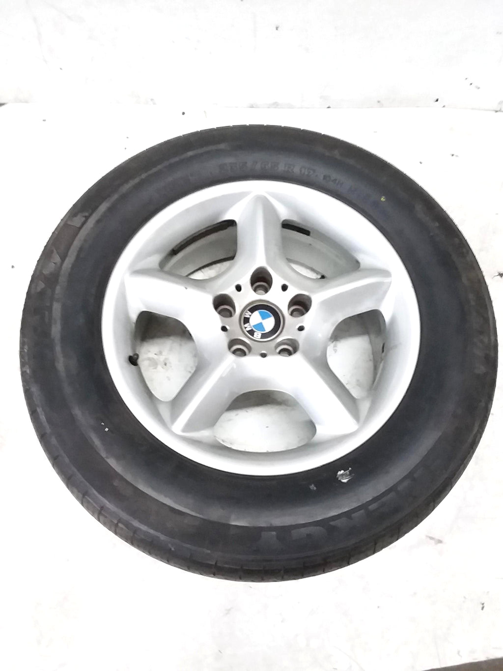00-06BMW E53 X5 USED Wheel Rim w Tire 235/65R17.104H M+S OEM 6.6 /32nds 1096159