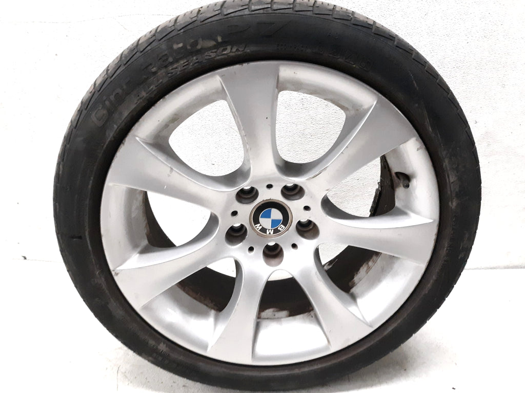 2004 2010 BMW 545i 525i 530i 550i WHEEL & TIRE 245/40/R18 OEM 5.2/32nd 6760617