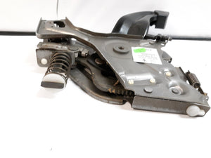 2004-2007 VOLKSWAGEN TOUAREG EMERGENCY PARK BRAKE PEDAL ASSEMBLY 7L0721797C OEM