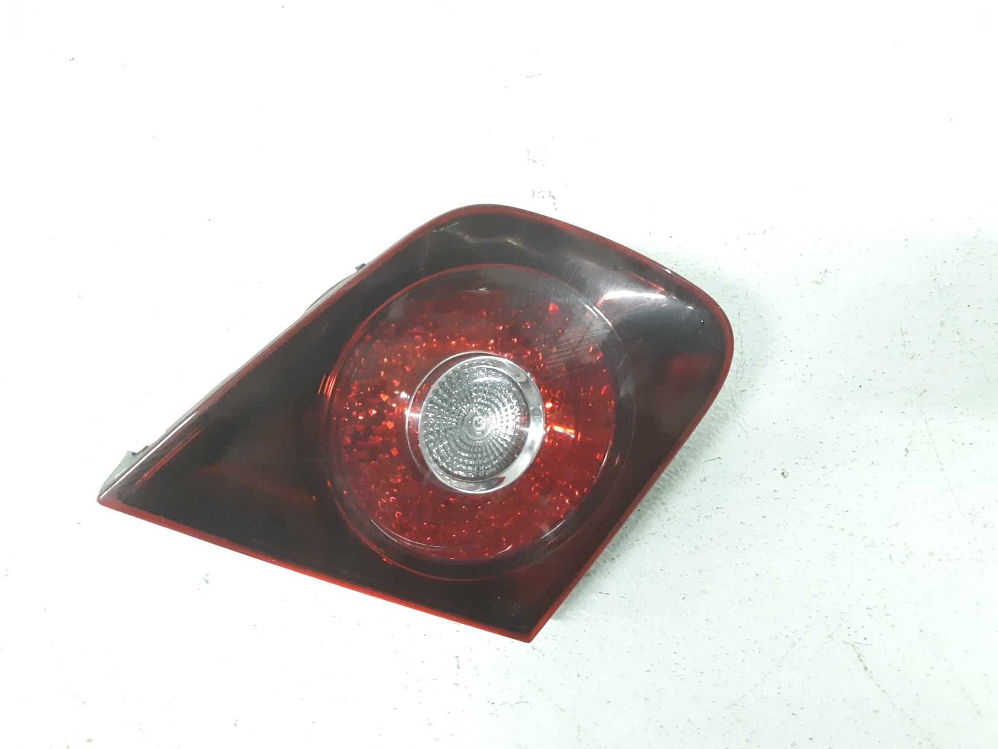 VOLKSWAGEN JETTA SEDAN DRIVER LEFT SIDE INNER TAIL LIGHT 2008 2009 2010 OEM