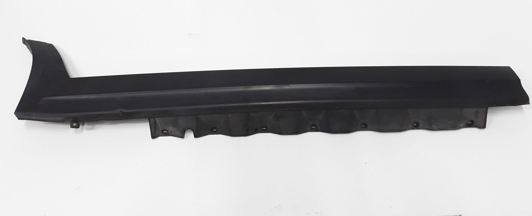BMW E83 X3 RIGHT SIDE ROCKER PANEL SKIRT MOLDING COVER TRIM 2004 2010 OEM