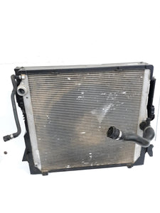 2007-2010 OEM BMW X5 E70 Engine Engine N62 Radiator Air Condenser AC A/C Cooler