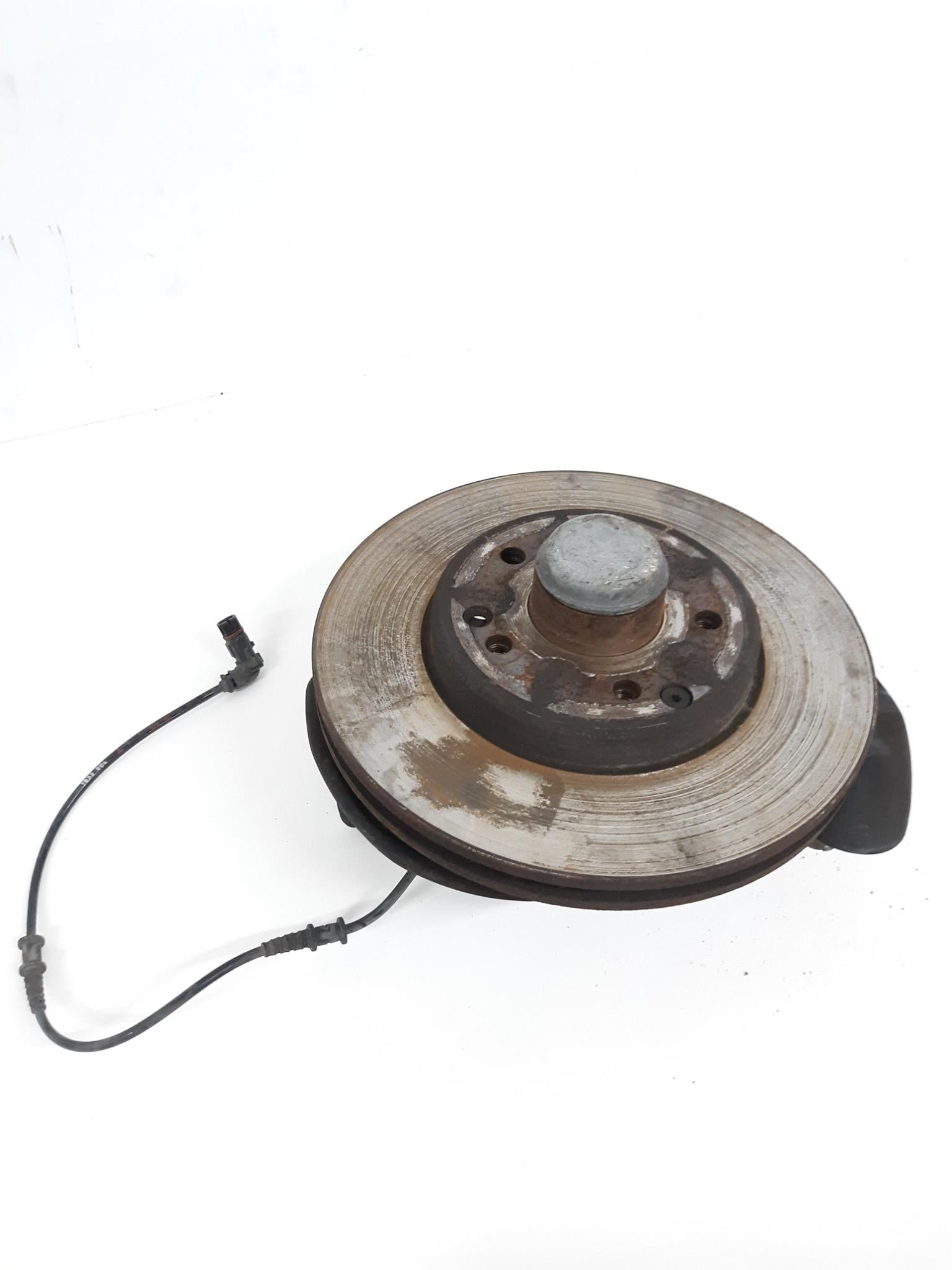 2001-2006 Mercedes Benz C240 C230 Front Left Side Spindle Knuckle OEM - Click Receive Auto Parts