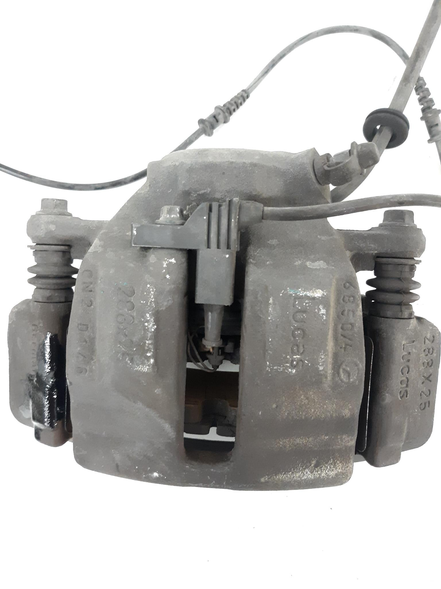 2001 - 2011 MERCEDES-BENZ R171 W209 W203 C240 FRONT RIGHT BRAKE CALIPER OEM - Click Receive Auto Parts