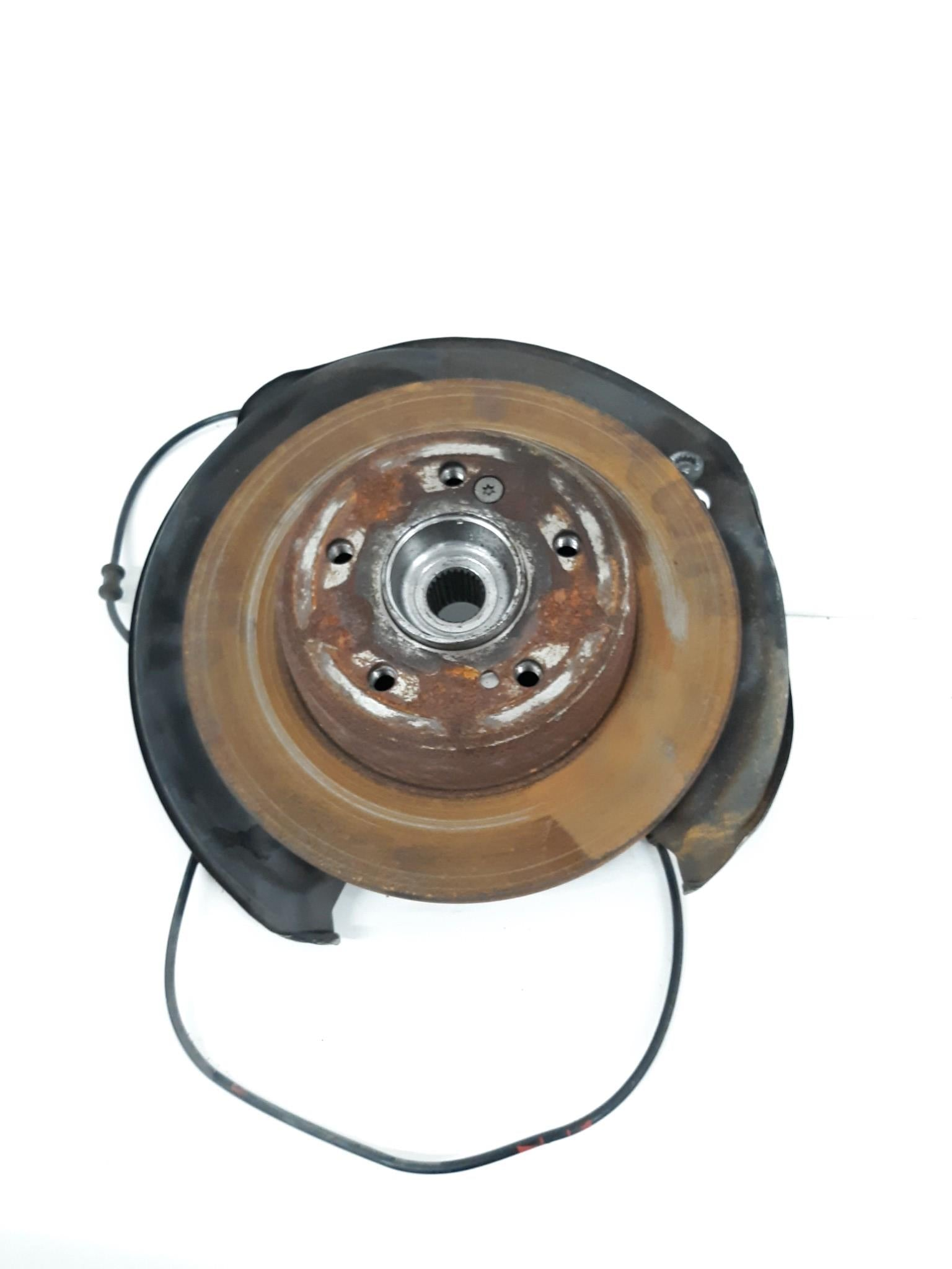 2001 - 2007 MERCEDES W203 C230 C240 RH REAR RIGHT SPINDLE HUB KNUCKLE OEM - Click Receive Auto Parts