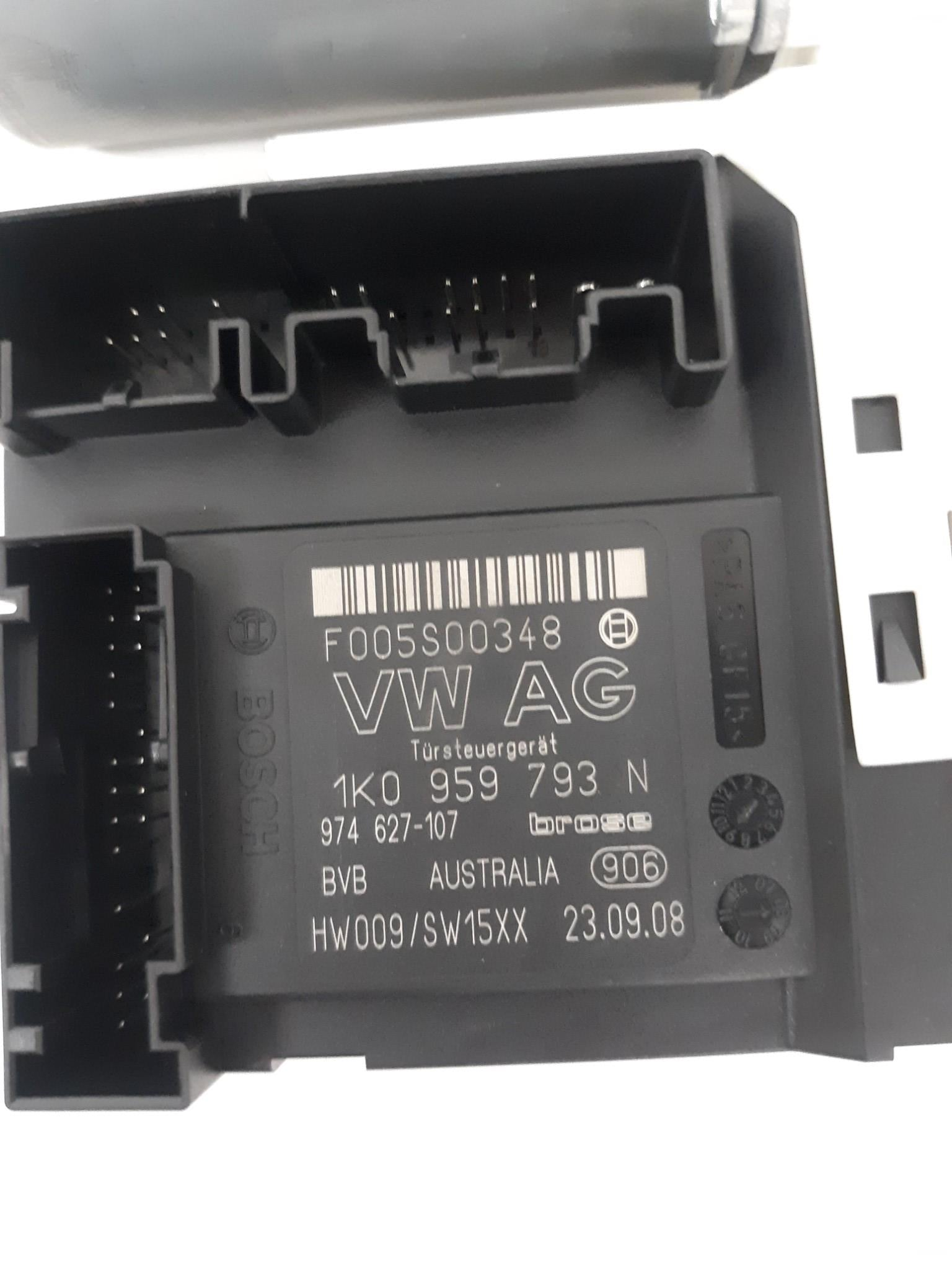 06-09 OEM VW PASSAT B6 FRONT DRIVER/LEFT SIDE WINDOW CONTROL MODULE AND MOTOR - Click Receive Auto Parts