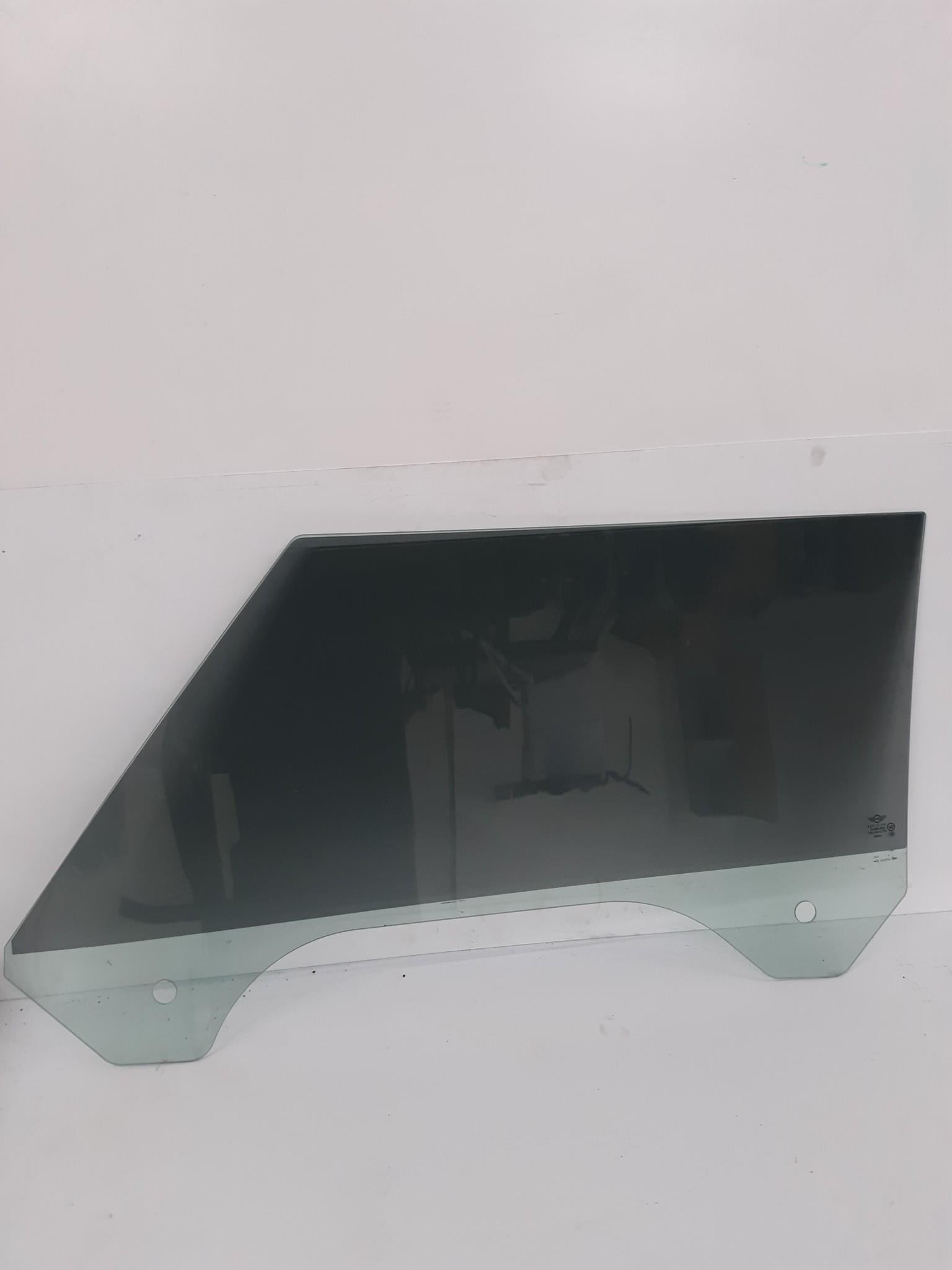 2002-2008 Mini Cooper R50 R52 R53 Front Right  Window Door Glass w/ Tint - Click Receive Auto Parts