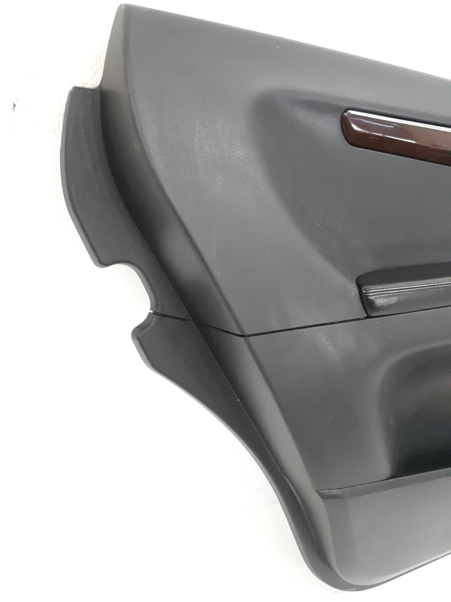 2006 - 2009 MERCEDES W251 R350 R500 REAR LEFT DRIVER DOOR PANEL BLACK 2517300148