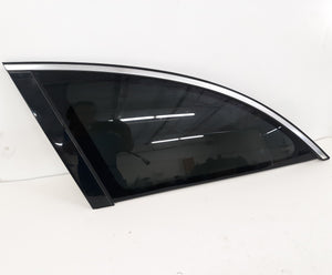 2006-2009 REAR LEFT QUARTER WINDOW GLASS Mercedes W251 R350 R320 R500 R550 OEM