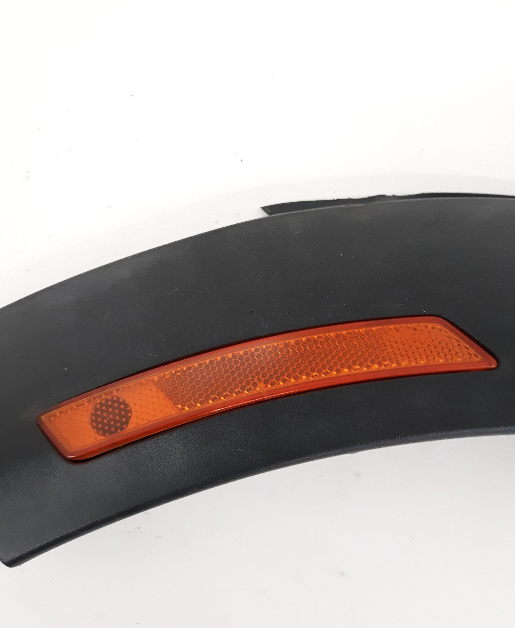 2007-2013 Mini Cooper R56 FRONT LEFT FENDER FLARE MOULDING TRIM 2757211