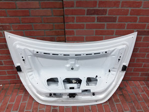 MERCEDES BENZ  W219 CLS500 REAR TRUNK LID GATE BOOT WHITE 2005 2006 2007 2011 OE