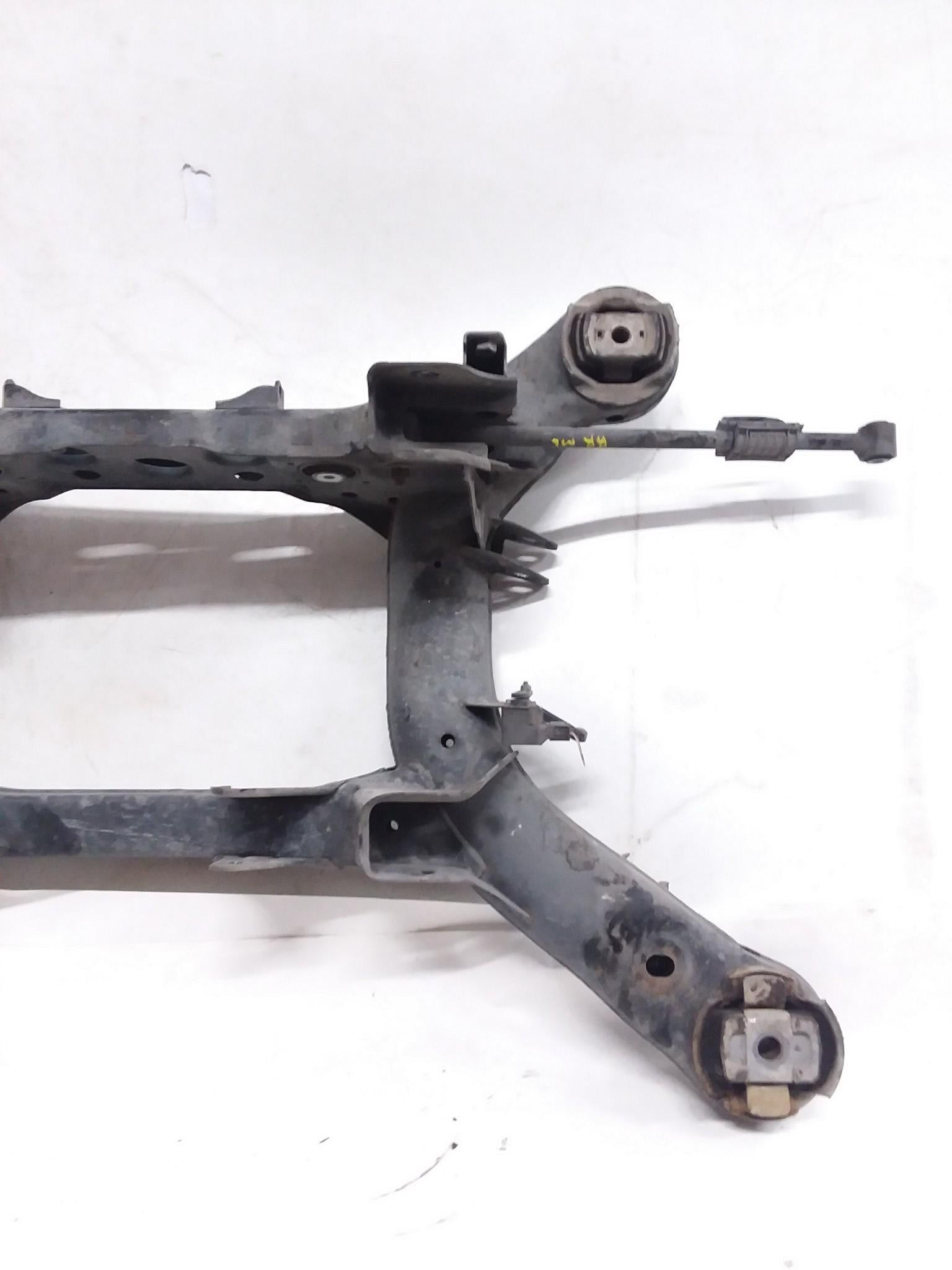 06-11 MERCEDES ML350 ML320 W164 REAR CRADLE CROSSMEMBER SUBFRAME 1643500132 OEM - CR Auto Parts