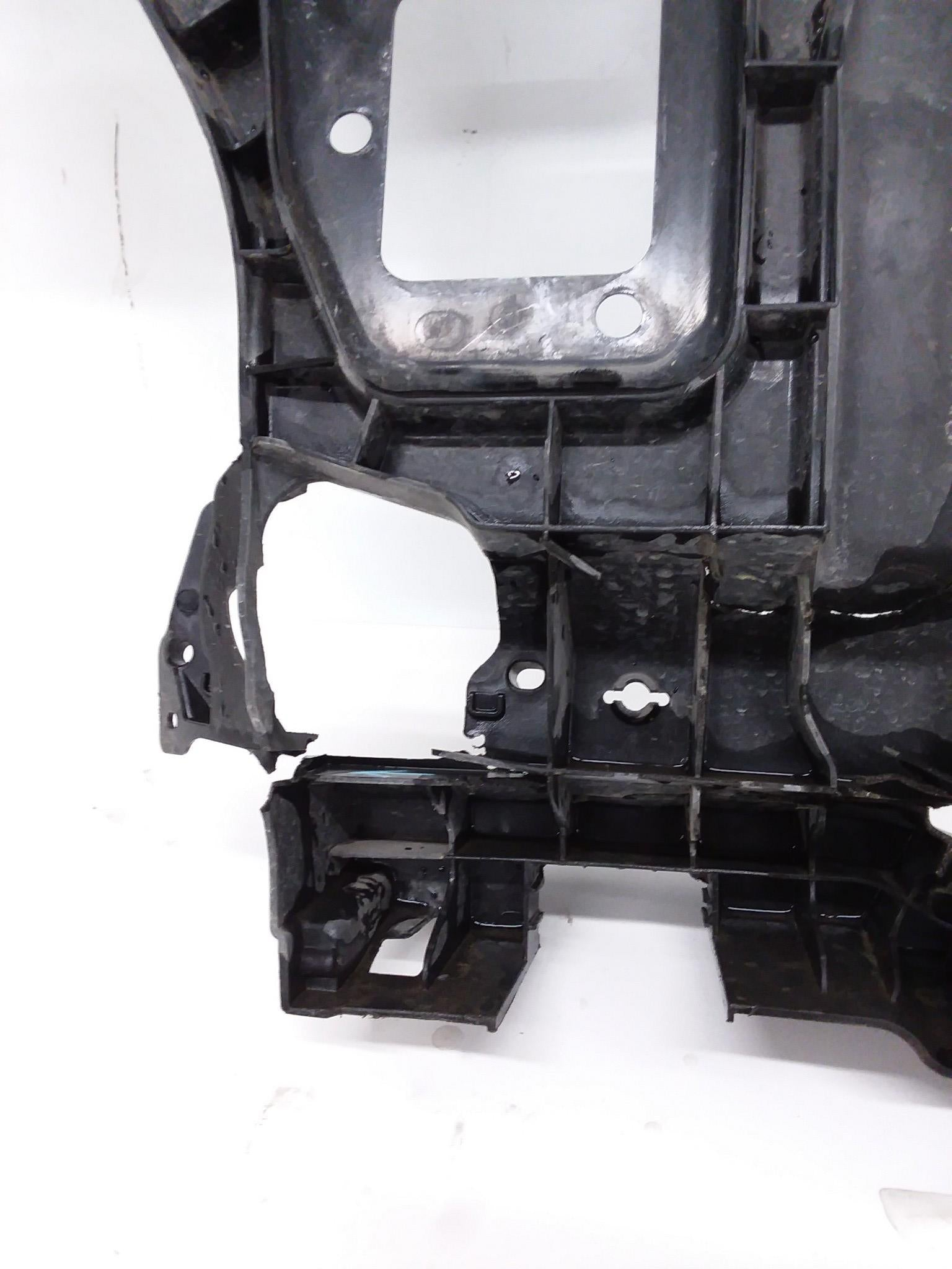 2008-2015 Smart ForTwo Front Radiator Core Frame Support Mount Bracket