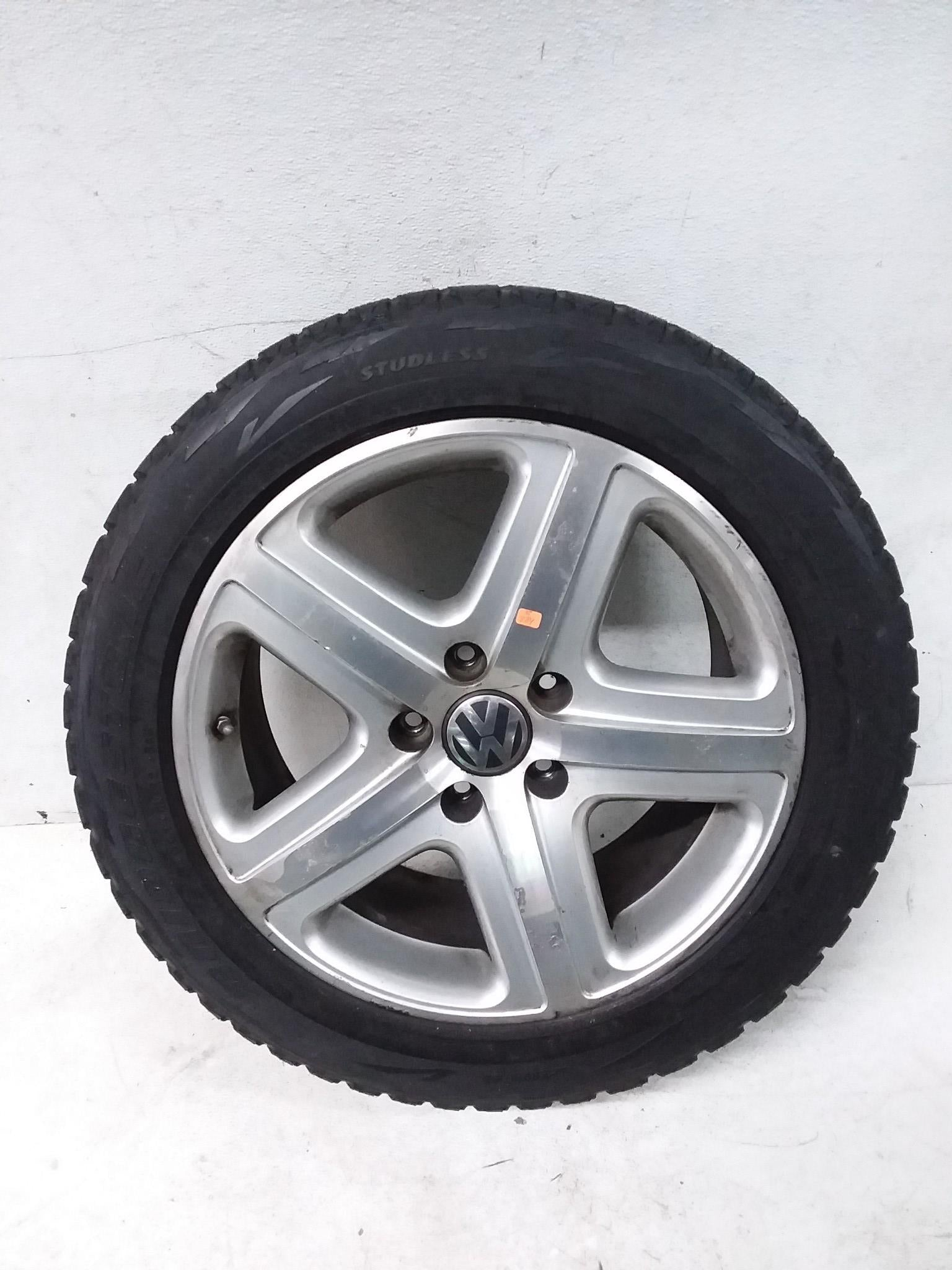 2004-2010 WV TOUAREG  RIM WHEEL & TIRE 275/45/R19 OEM 7/32nd 7L6601025 OEM