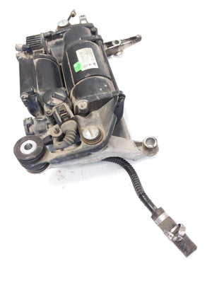 2004 - 2010 VW TOUAREG 7L - AIR SUSPENSION COMPRESSOR / PUMP 7L0698007 OEM