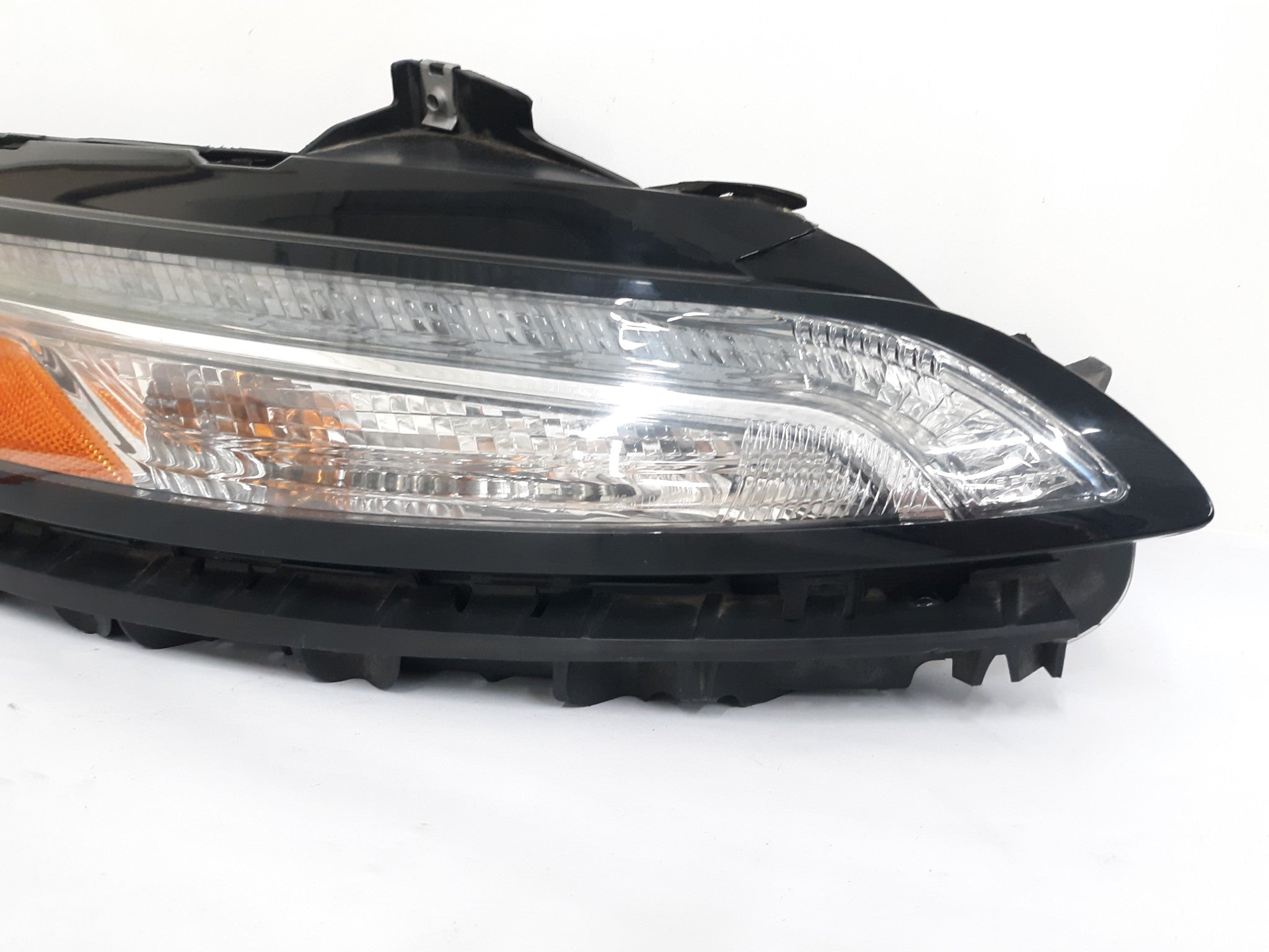 2014 - 2016 JEEP CHEROKEE HEADLIGHT RIGHT PASSENGER DAYTIME LED 68157102AQ OEM - Click Receive Auto Parts
