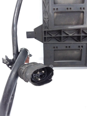 2002-2006 Mini Cooper  R50 R53 Electric Cooling Fan Motor Shroud  1475577  OEM - Click Receive Auto Parts