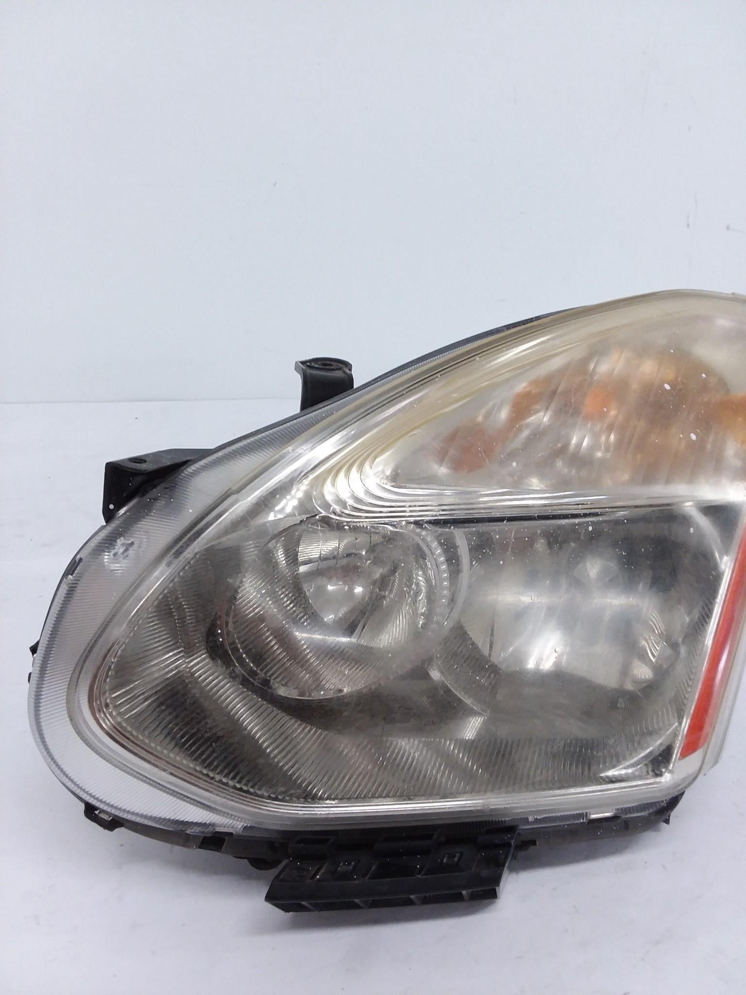 2008 - 2012 Nissan Rogue Left Xenon HID Headlight OEM