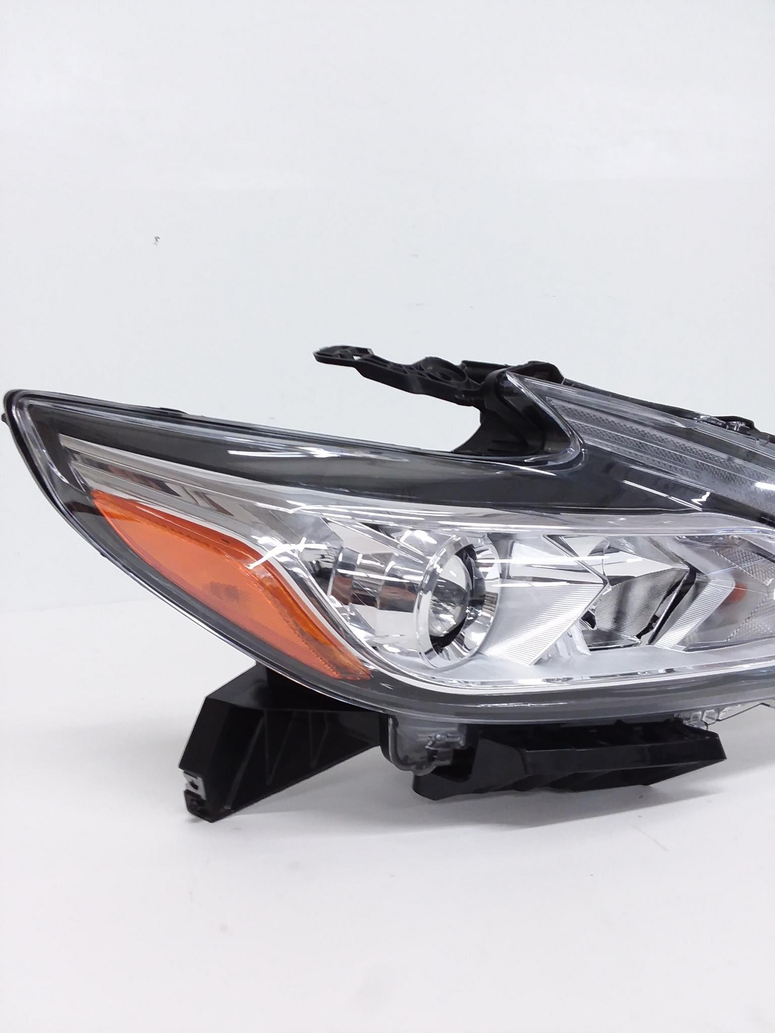 Headlight Headlamp Fits 2016 2017 Nissan Altima Sedan Passenger RH Side
