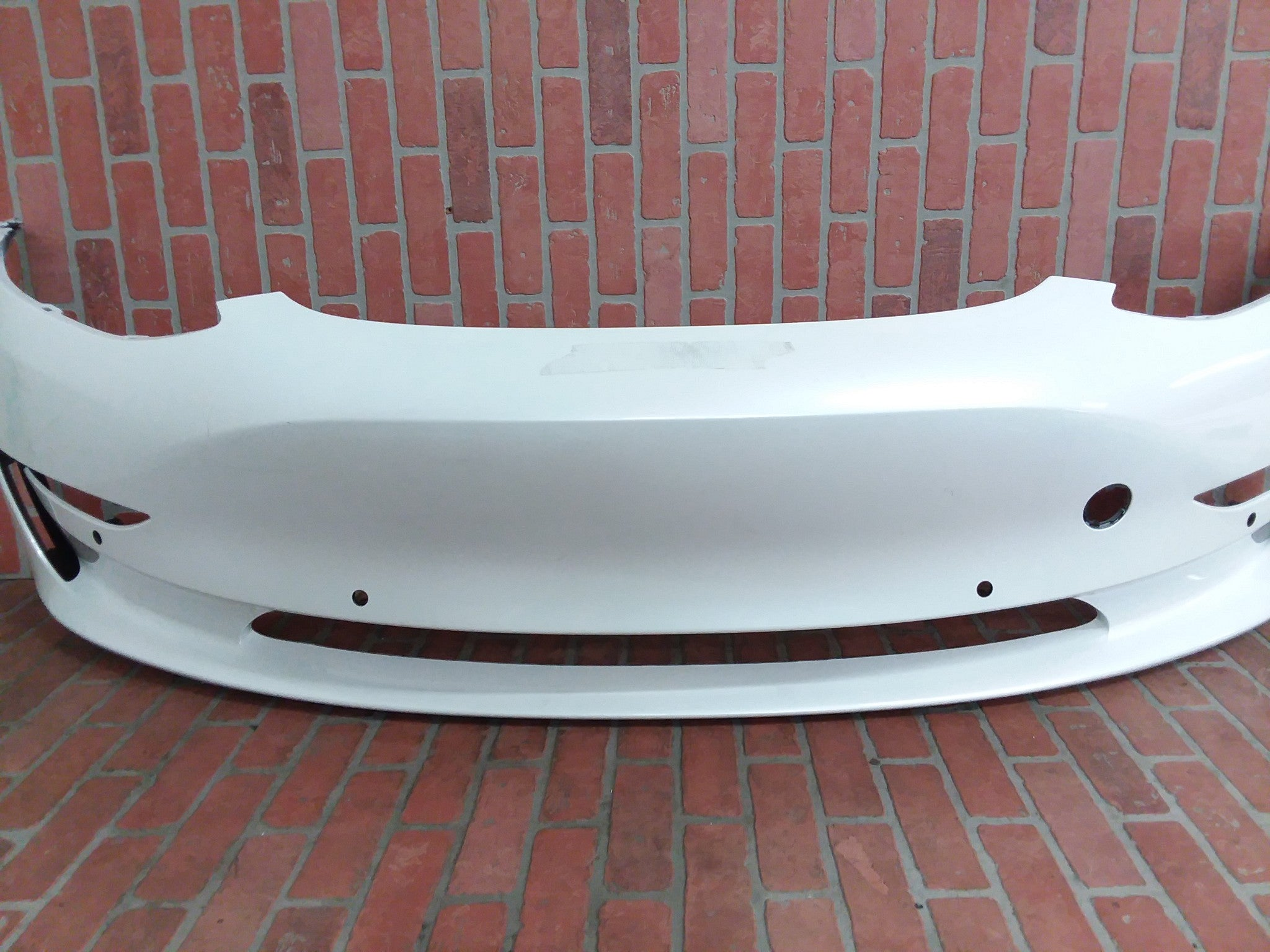 2017 2018 2019 TESLA MODEL 3 FRONT BUMPER 1084175-00 WHITE OEM - CR Auto Parts