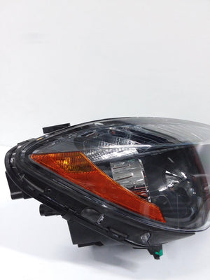 MERCEDES-BENZ CLA-CLASS RIGHT HALOGEN HEADLIGHT HEADLAMP 2014 2015 2016 OEM - CR Auto Parts