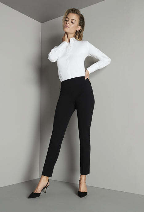 Mila Stretch Ankle Pant
