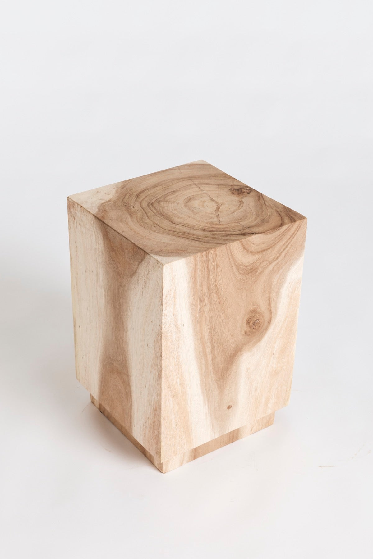 The Indent Square Tabouret