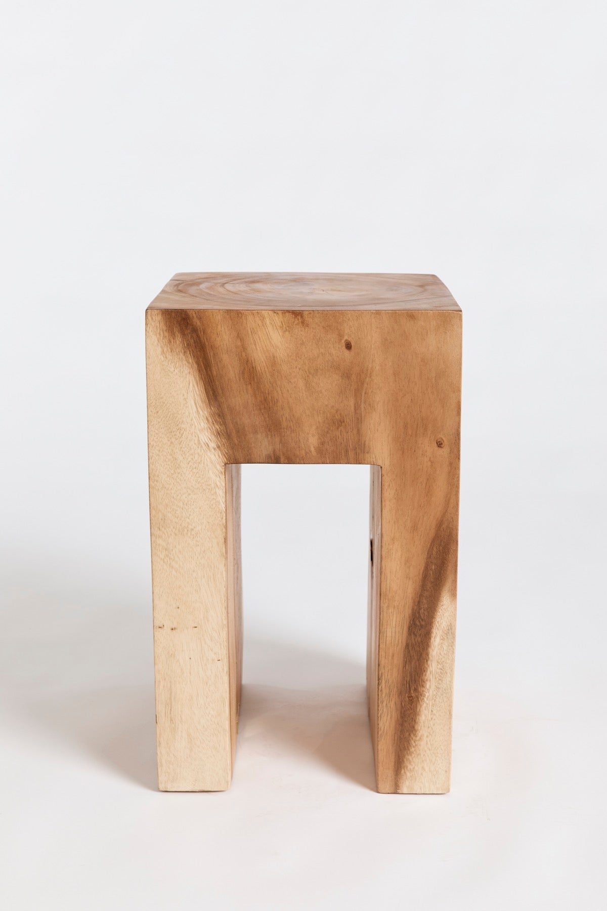 The Tavolo Tabouret