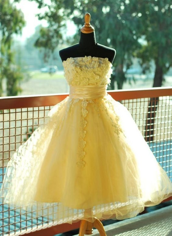 Tulle Homecoming Dress,Yelllow Homecoming Dress,Strapless Homecoming Dress,Short Prom Dress,Flower Prom Dresses,Yellow Sweet 16 Dress