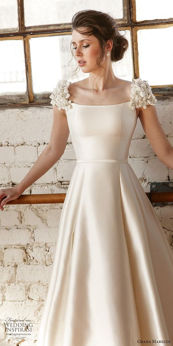 cream-coloured party dress cap sleeve evening dress satin long prom dress applique formal dress