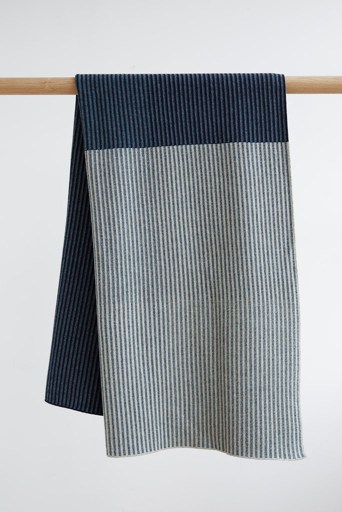 "Blanket ""St Ives""<br/>Navy + Birch"