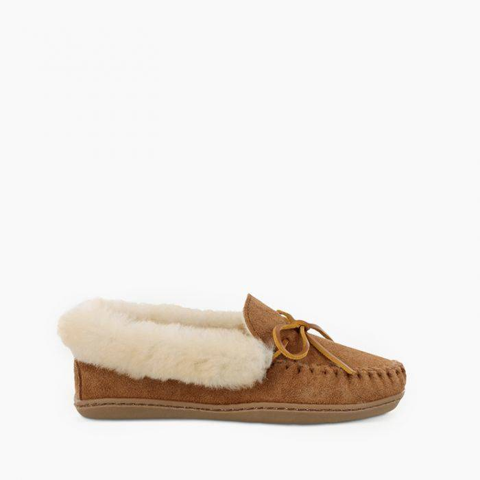 Women's Minnetonka Alpine Sheepskin Moc Tan