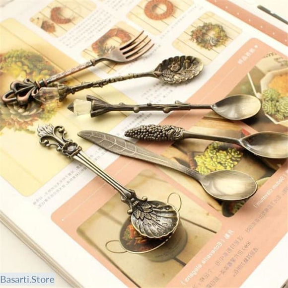 6pcs/Set Vintage Carved Bronze Dessert Spoons and Fork, 100003323- Basarti.Store