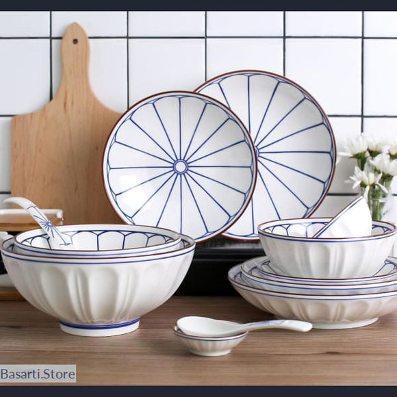Classic White and Blue Porcelain Dinnerware, Classic White and Blue Porcelain Dinnerware- Basarti.Store