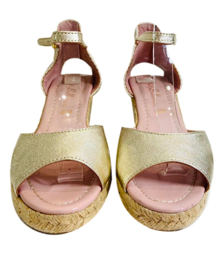 Pretty Ballerinas Leather Wedges. Size 39